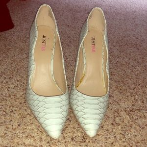 Just Fab faux alligator skin pumps